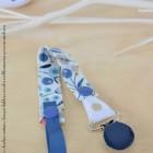 """Lpl - Attache doudine """"La Nature"""" Doux jardin bleu-corail - Rond bleu marine"""